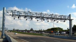 All-electronic tolling gantry. (Florida Turnpike/Flickr)